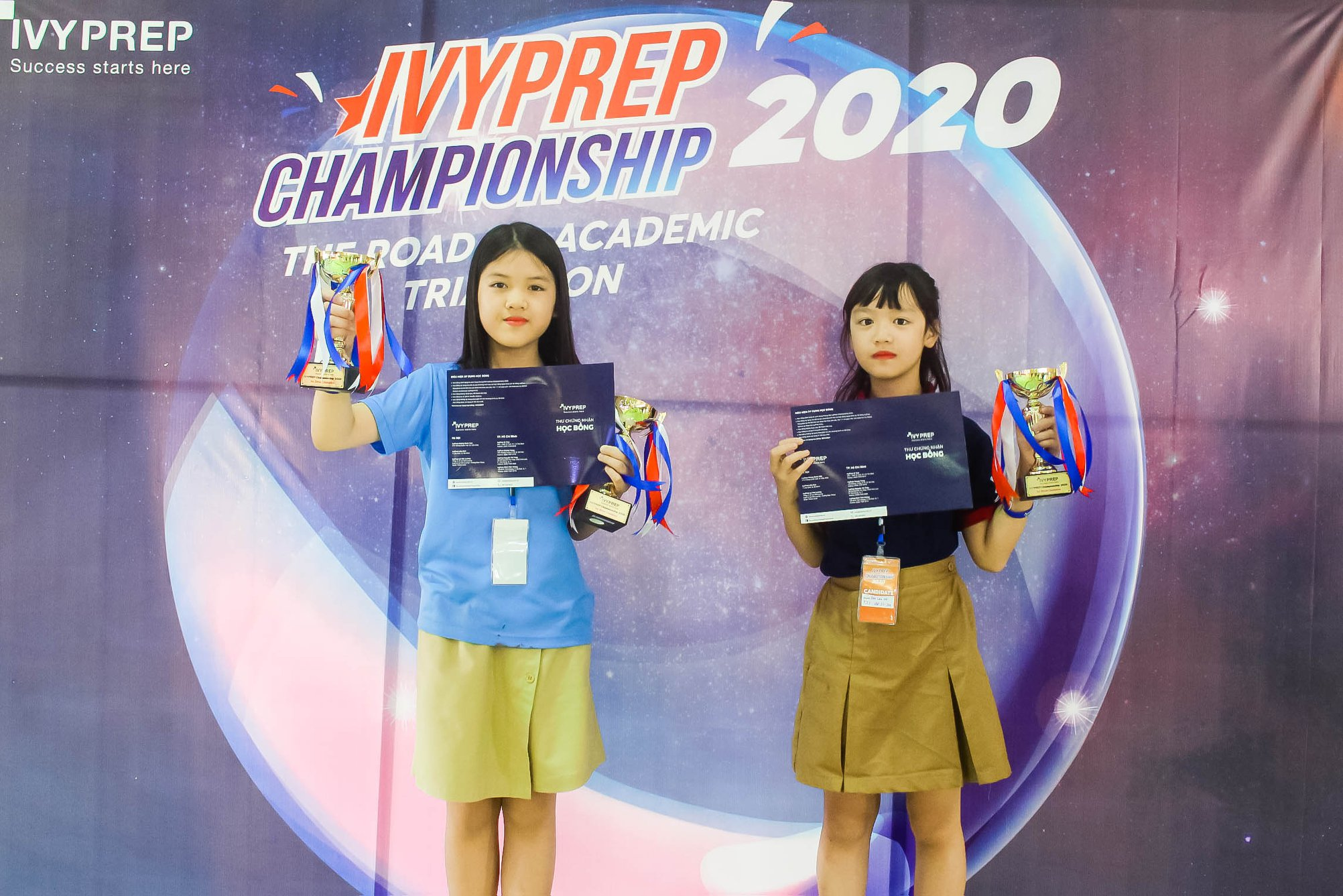 """Mai Phương giành """"cú đúp"""" tại Vòng chung kết cuộc thi tranh biện Tiếng Anh"""