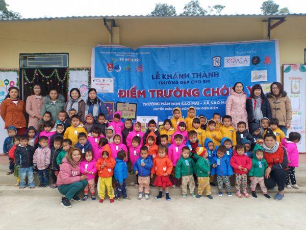 Đại diện Quỹ bàn tay nhỏ tham gia khánh thành điểm trường và trao quà tặng